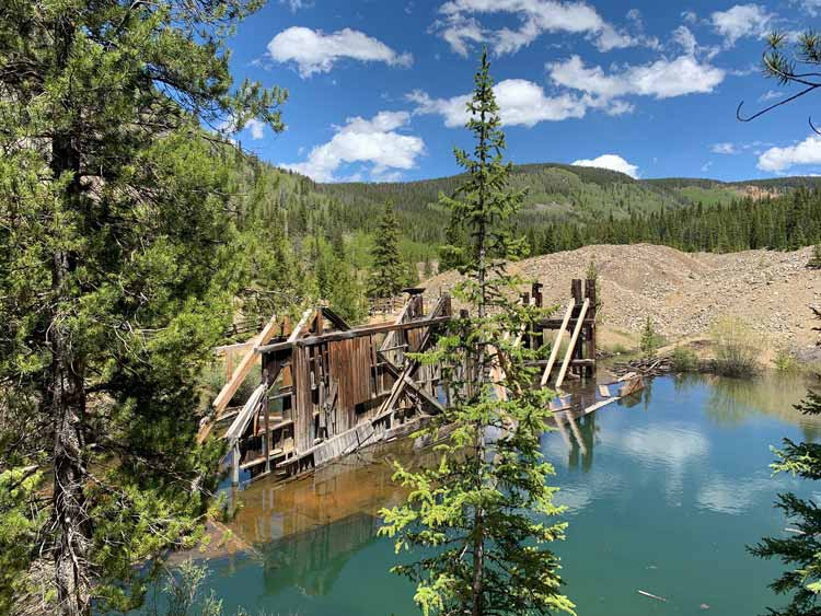 Reiling Gold Dredge was built in 1908 by the French Gulch Dredging Company to mine gold out of Summit Countyountain lake.