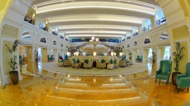 Waldorf RAK lobby