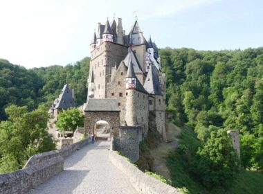 Eltz Castle in the morning. Photo by Rob Schmidt