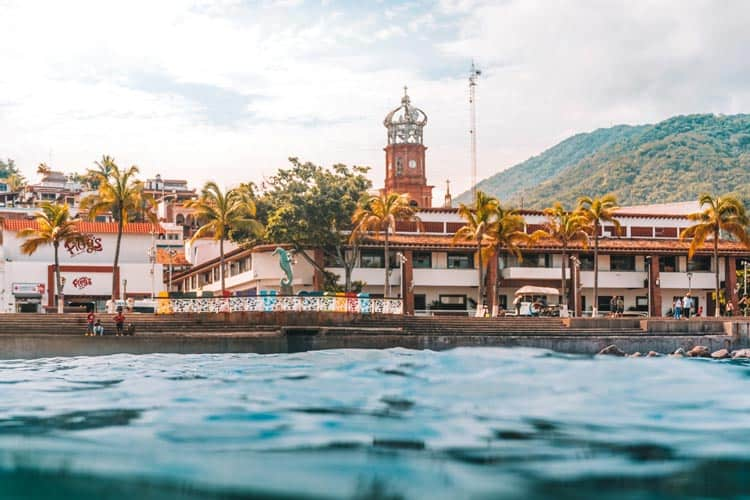 The colorful city of Puerto Vallarta sits right on the ocean.