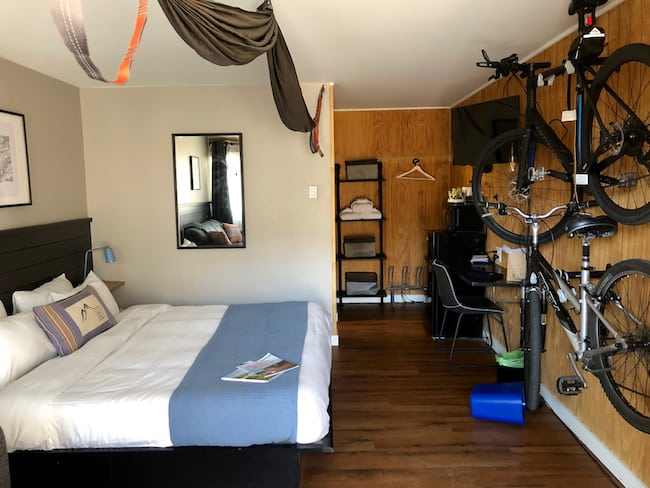 King room with bike racks and hammocks. Photo by Claudia Carbone