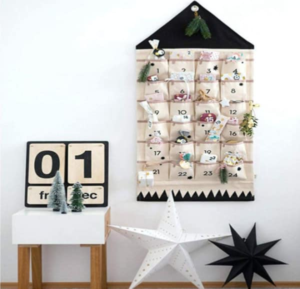 JapanAmStore Hanging Pocket Calendar