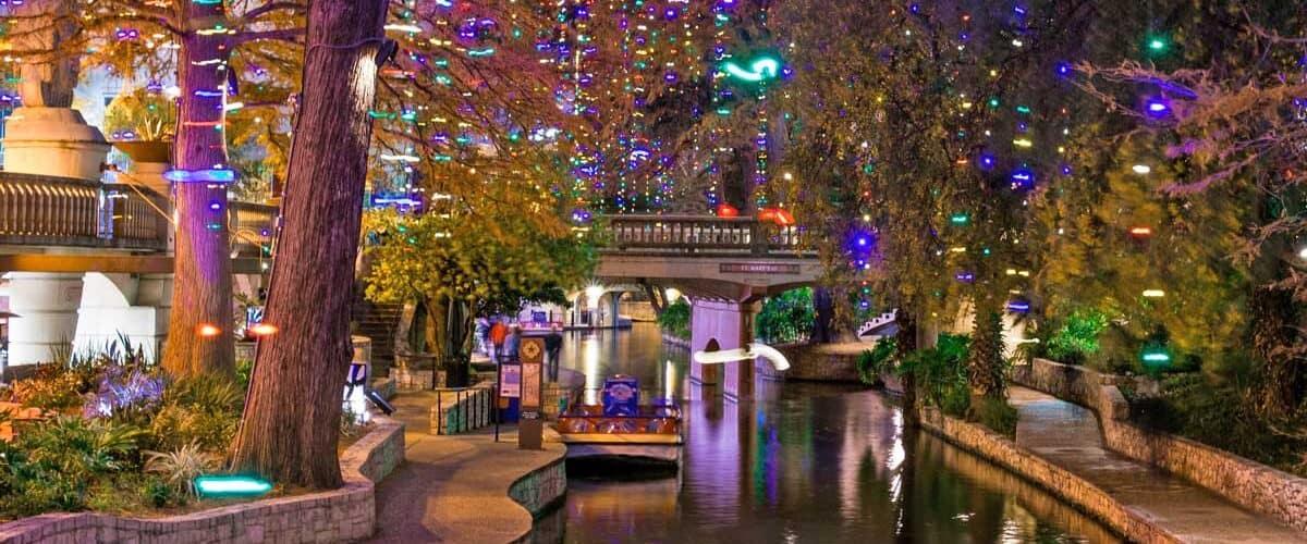 San Antonio Riverwalk at Christmas. Flickr/Nan Palmero