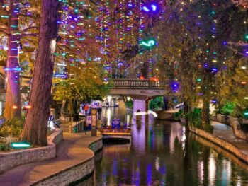 San Antonio Riverwalk at Christmas. Flickr/Nan Palmero
