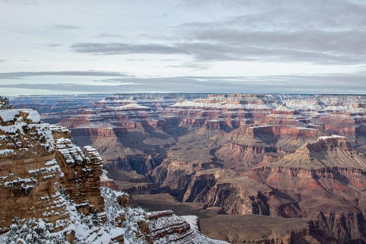 A light snow on the Grand Canyon, AZ