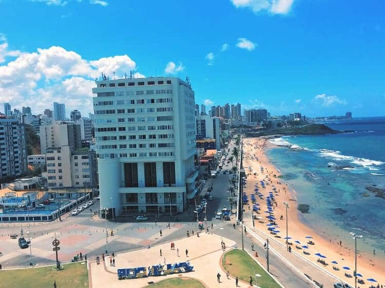 Enjoy your vacation in the long beach of Salvador.