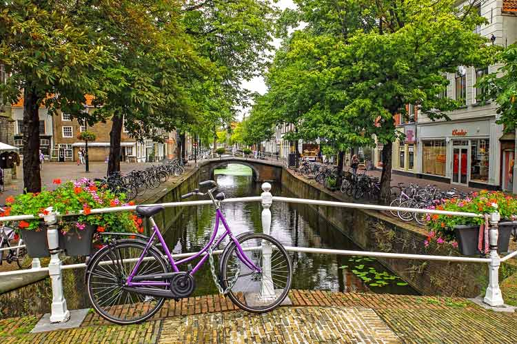 Canal streets in Europe