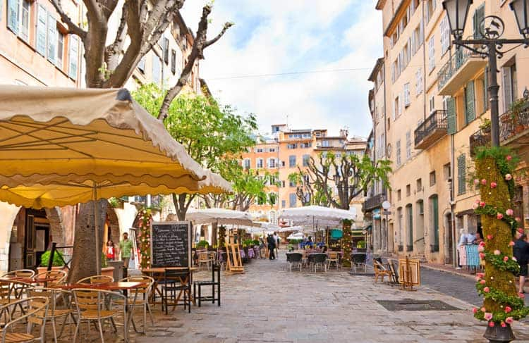 Outdoor cafes in Europe