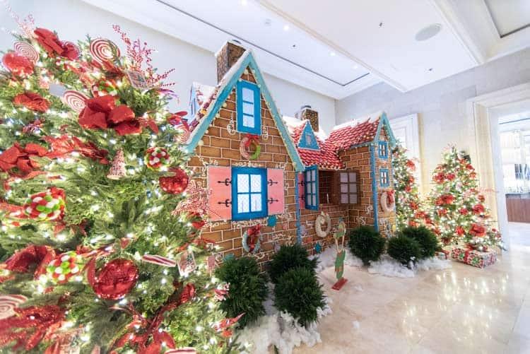 Walk around gingerbread displays in Grande Lakes, Orlando. Photo by Ritz-Carlton Grande Lakes