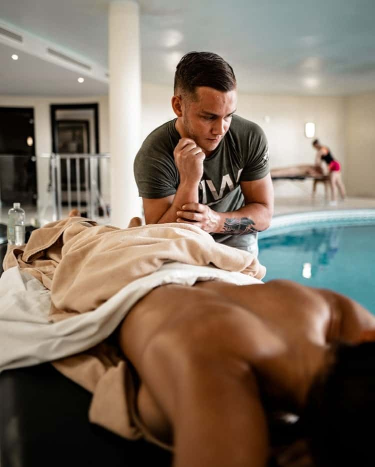 A massage therapist can give you excellent massage service.