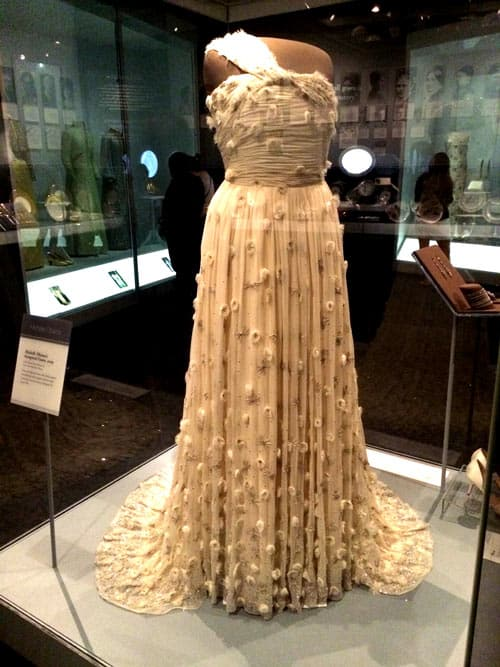 """""""The First Ladies"""" Exhibit containing Michelle Obama's inauguration gown"""
