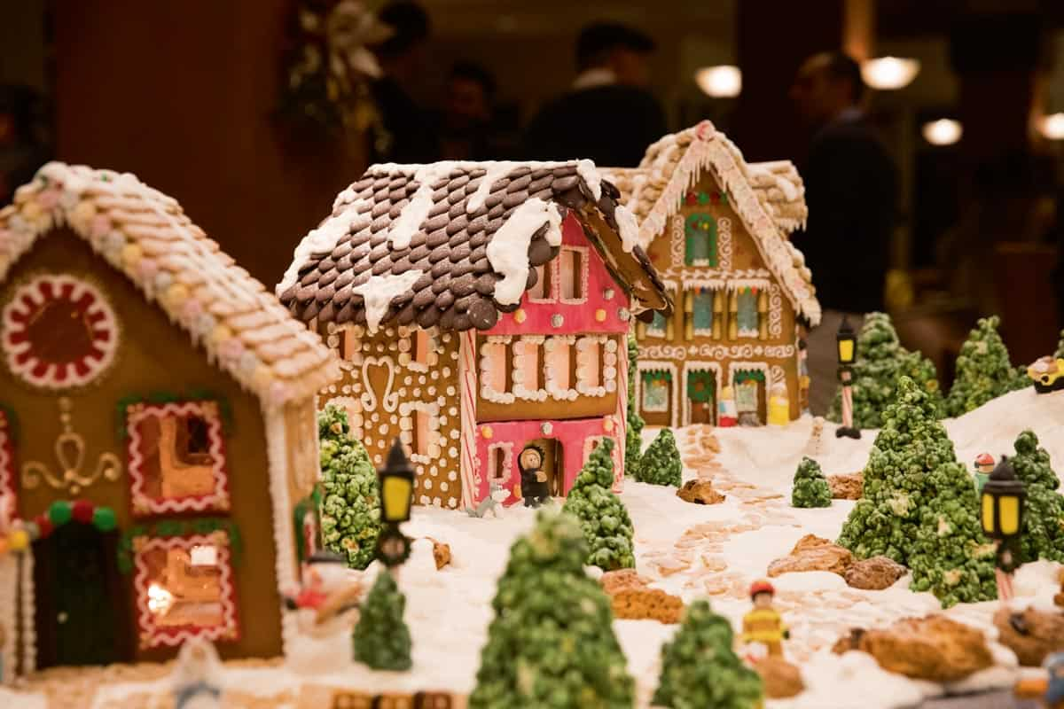 Top Gingerbread Displays for the Festive Season