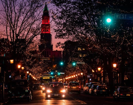 Downtown in Alexandria, Virginia during the holidays