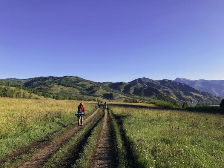 Hiking through Altai
