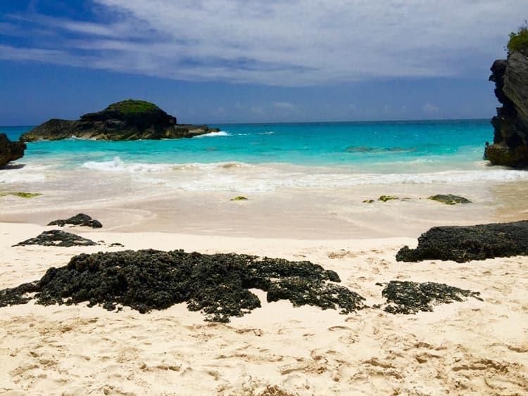 A beach in Bermuda where Americans can travel during COVID-19