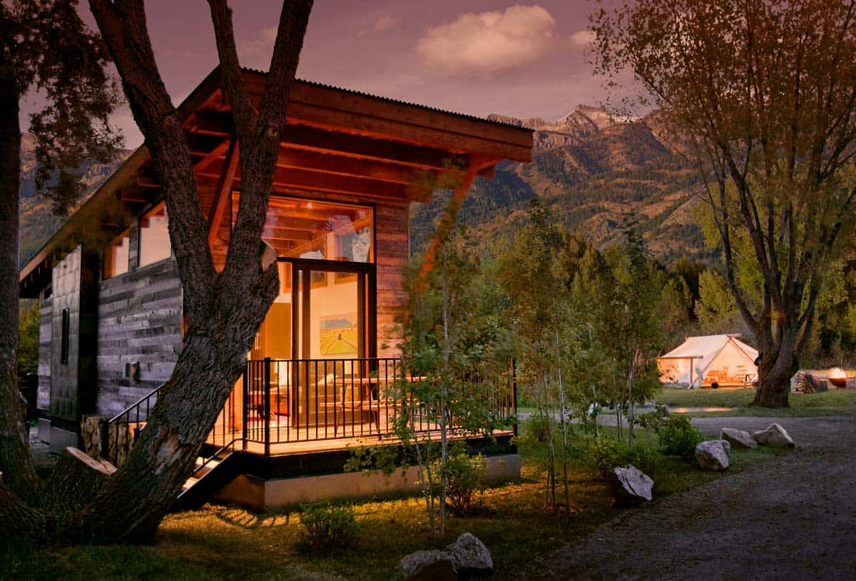 Mini-Getaways: 6 Tiny House Vacation Resorts in the USA