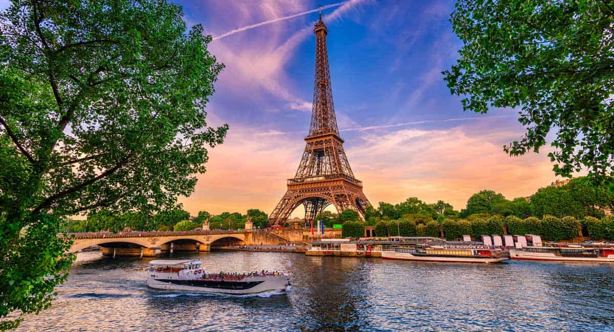 Top 20 Things to See and Do in Paris | Travel in Paris