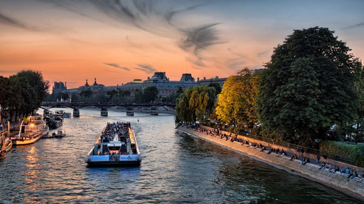 Cruise along the River Seine for an evening event