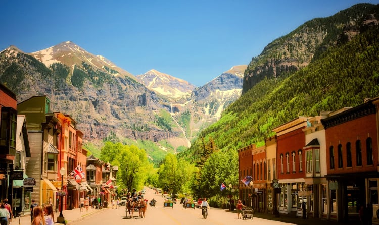 Telluride, Colorado, is a four-season destination to add to your bucket list ideas