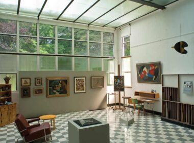 Suzy Frelinghuysen and George L.K. Morris house in Lenox features modernist art. Photo by Geoffrey Gross. Courtesy Frelinghuysen Morris House & Studio