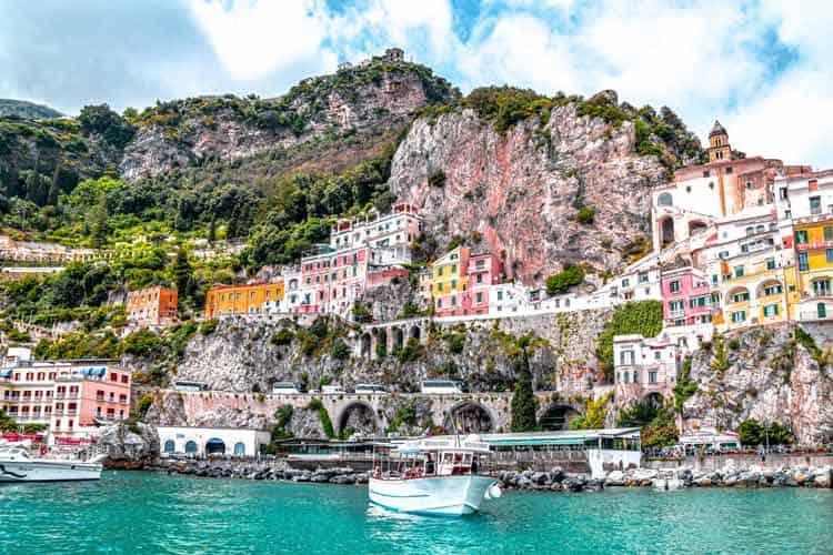Along the cliffs of the Amalfi coast