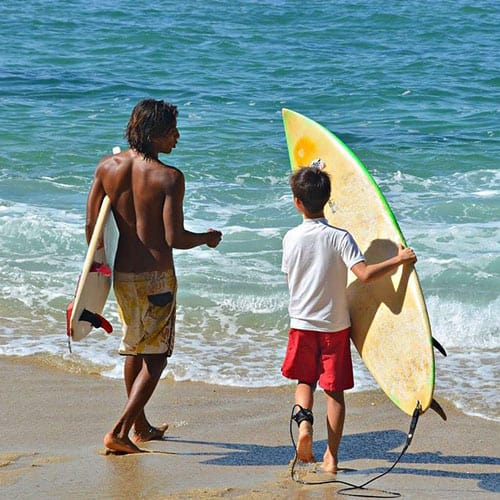 Surfing lessons for all ages in Puerto Escondido