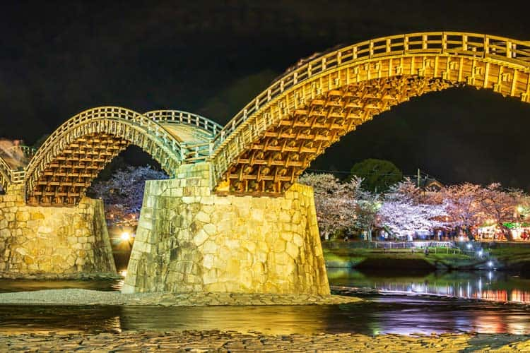 Kintaikyo Bridge in spring. CC Image by  潤風