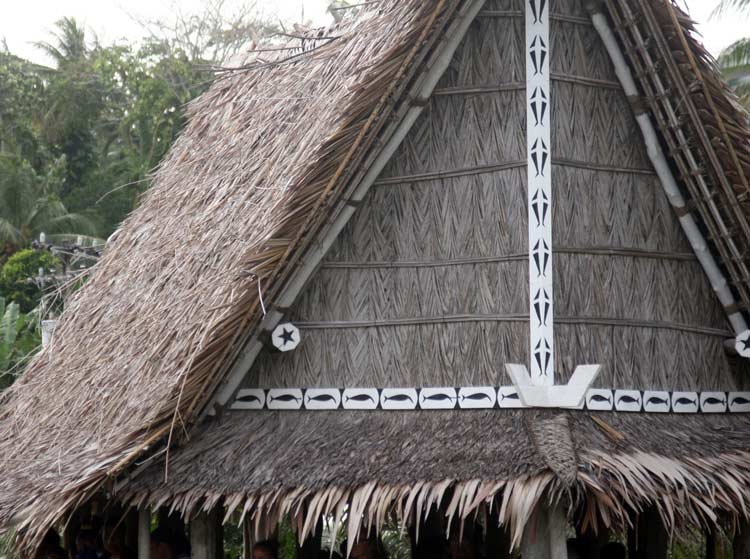 Decoration on Eave of Traditional Men's House. Photo by Joyce McClure