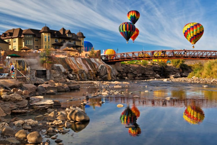 Colorfest Weekend is a fall event that includes hot air balloons. Photo: Visit Pagosa Springs