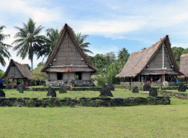 Building traditional homes on island of Yap.