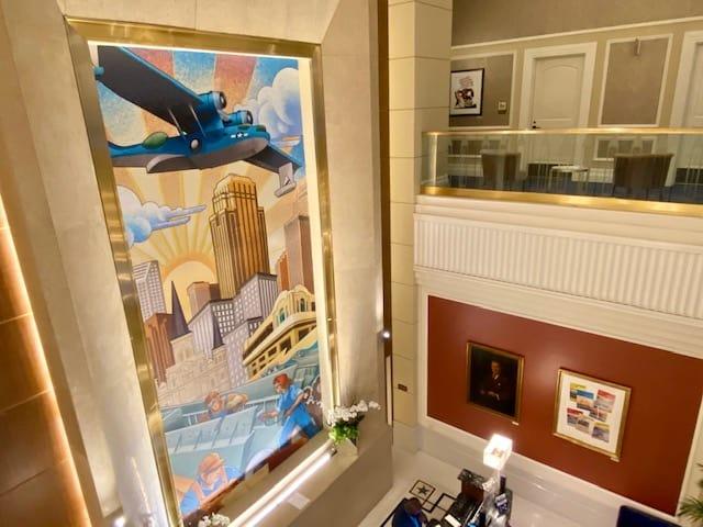 Higgins Hotel New Orleans lobby