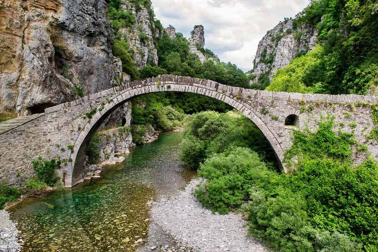 Natural beauty and historic bridges in the Peloponnese peninsula