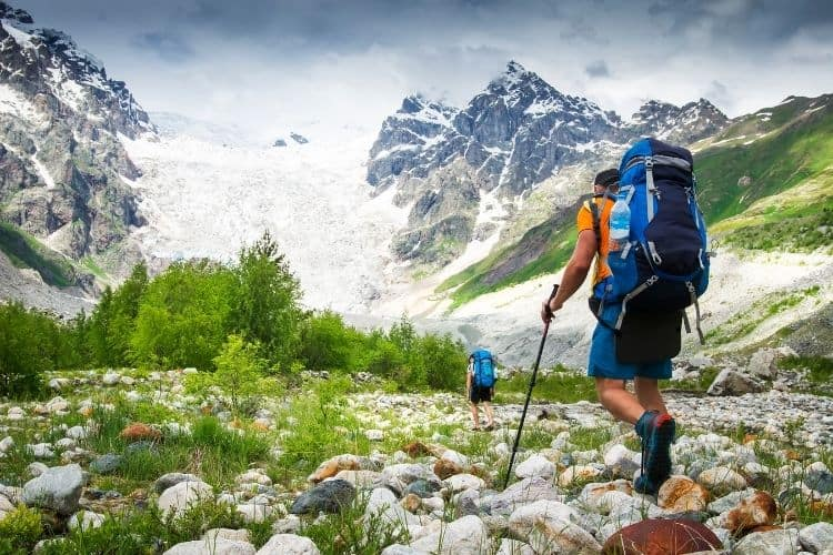 Prepare fro elevation in the mountains is one of the pro hiking tips
