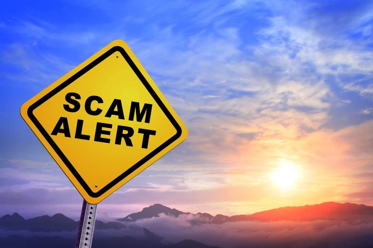Don't Ruin Your Vacation: Avoid Airfare Scams By Using These Tips
