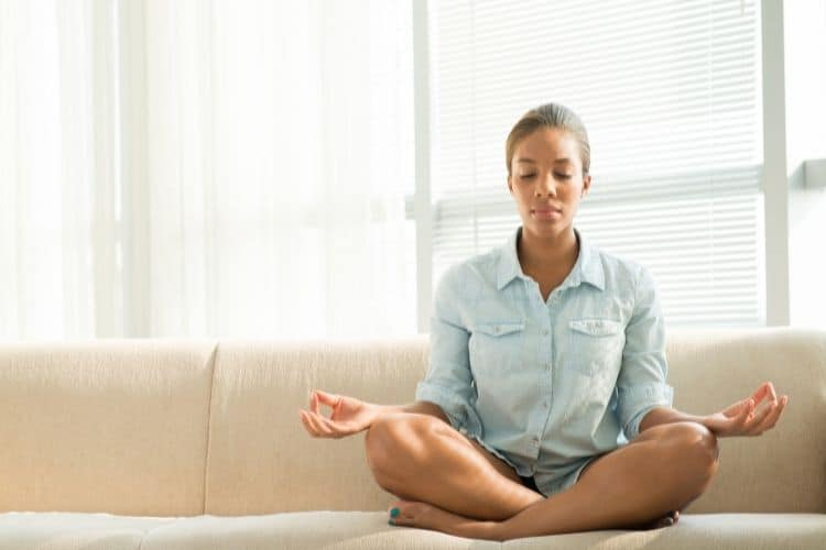 overcome Travel anxiety with meditation