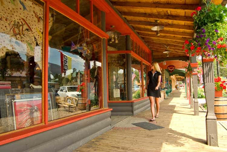 Shopping in downtown Grand Lake