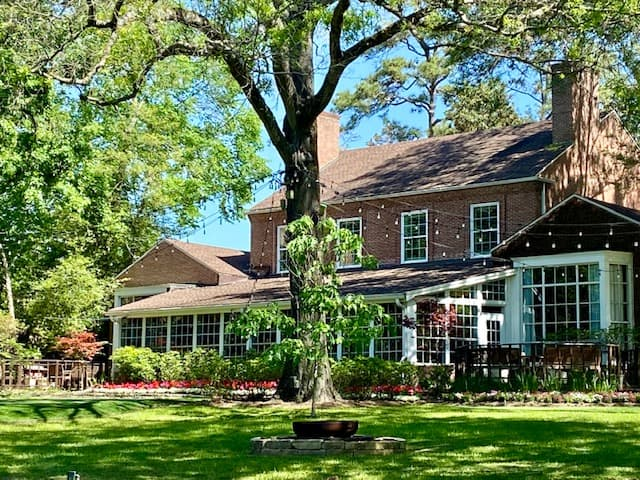 Houstonian Hotel, Houston Texas Manor House