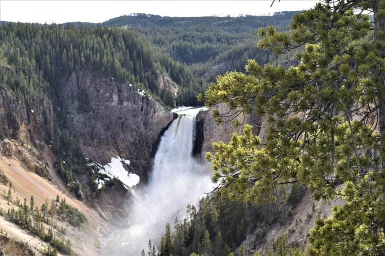 Yellowstone Roadtrip Upper and lower falls-Grand Canyon of Yellowstone