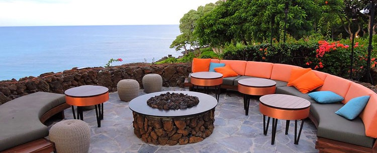 Private relaxing areas