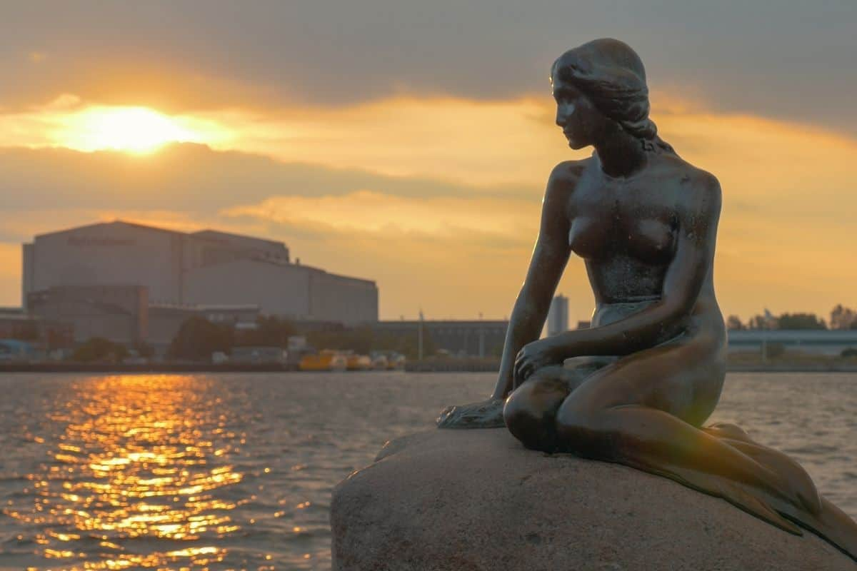 Seeing Copenhagen Through the Eyes of the Danes
