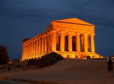 Temple of Concordia in Sicily, Italy. CC Image by CucombreLibre
